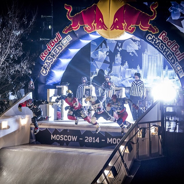 And they're off! Tune in to @FOXSports1 at 7:30PM ET/4:30PM PT to watch Red Bull #CrashedIce Moscow.