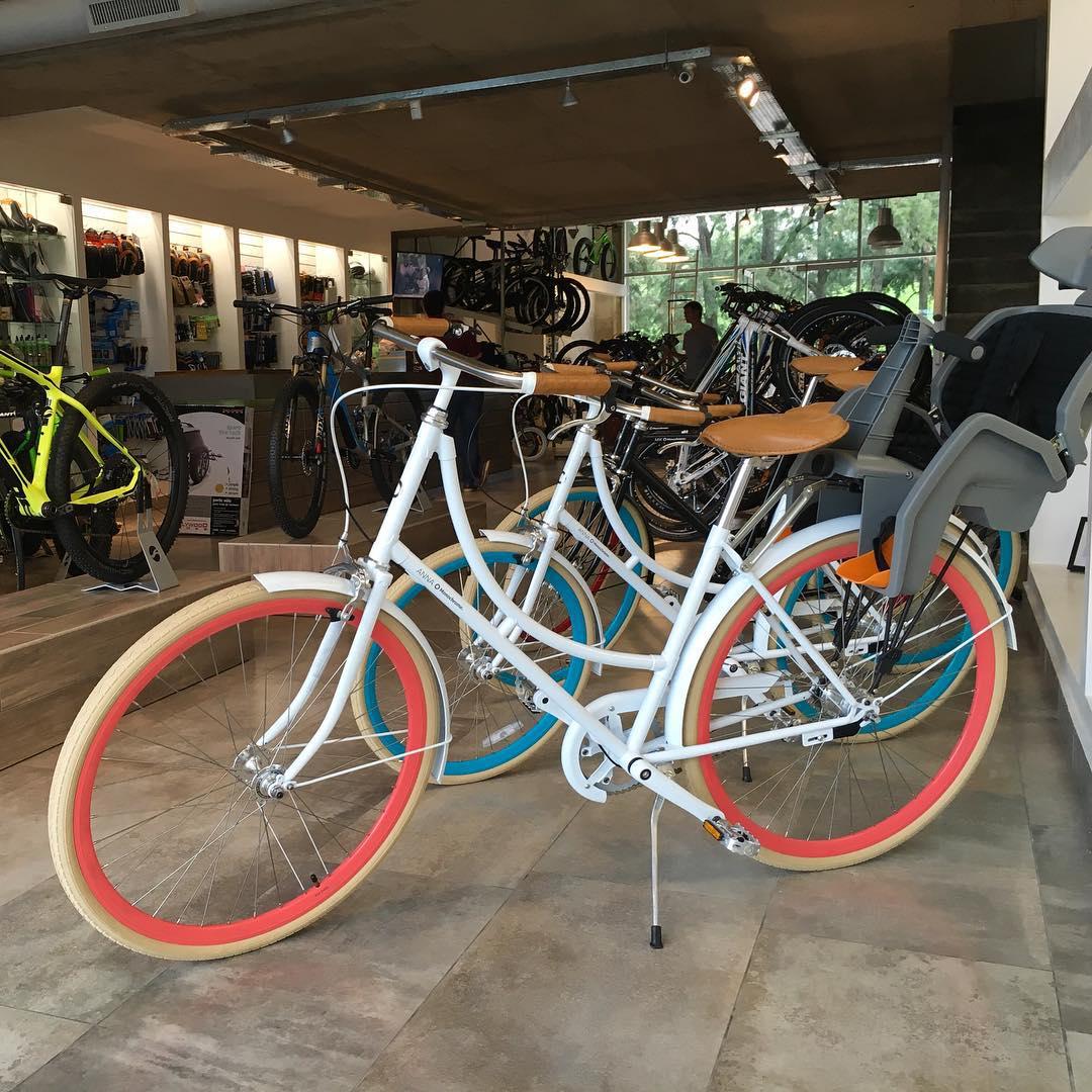 Estas por pilar? Ahora podes conseguir las Monochrome en pilar en Bike Point los esperamos! #thenewmonochromeishere #ilovemymonochrome