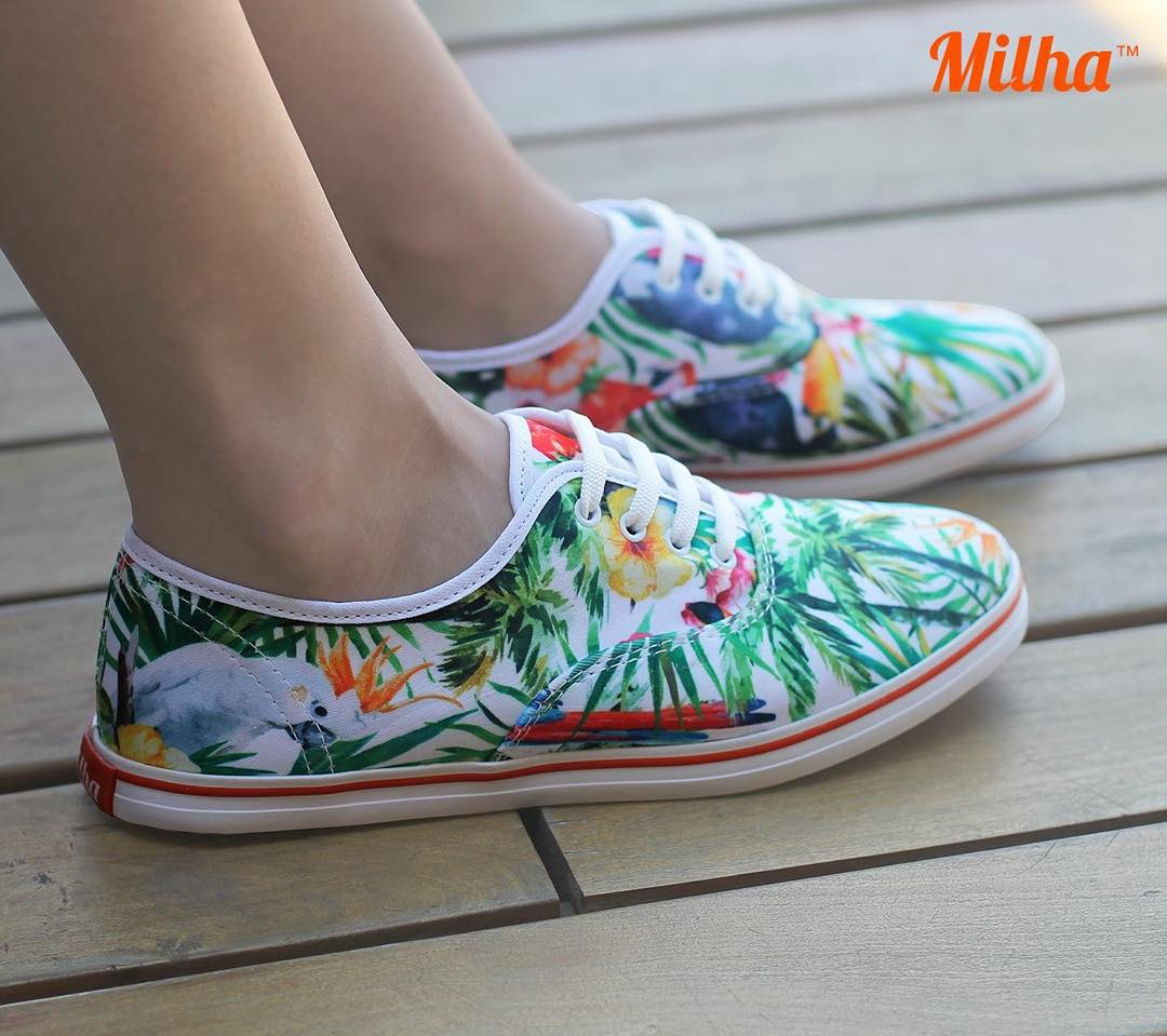 "Llévate a la playa las Milha™ ""Rainforest Parrot""! Made to Enjoy. www.milha.com.ar #milha #playa"