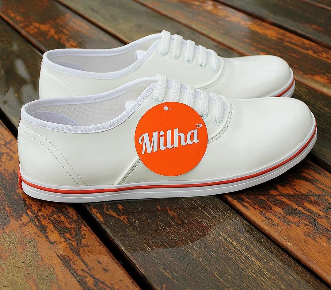 Total Look Blanco!!!! Comenza el año con un aspecto natural y puro! Made to Enjoy! www.milha.com.ar #milha #zapatillasdemujer