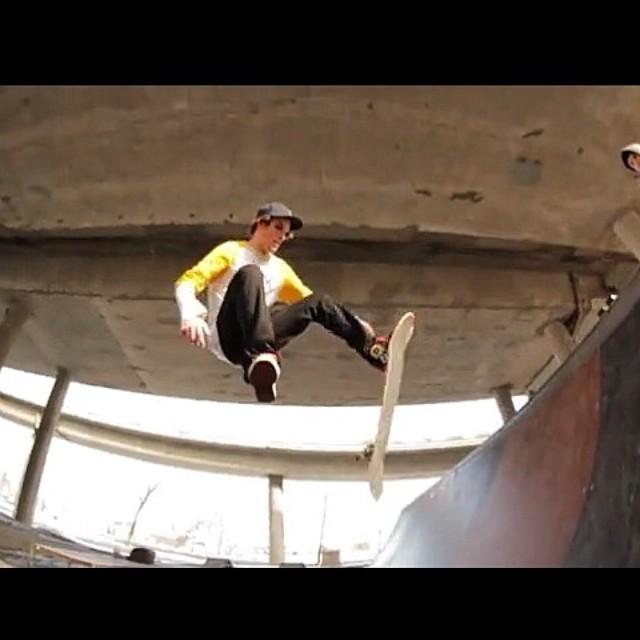 Team rider from Duluth #Minnesnowta @hearty_dyl❄️ #frostyheadwear #skateboarding
