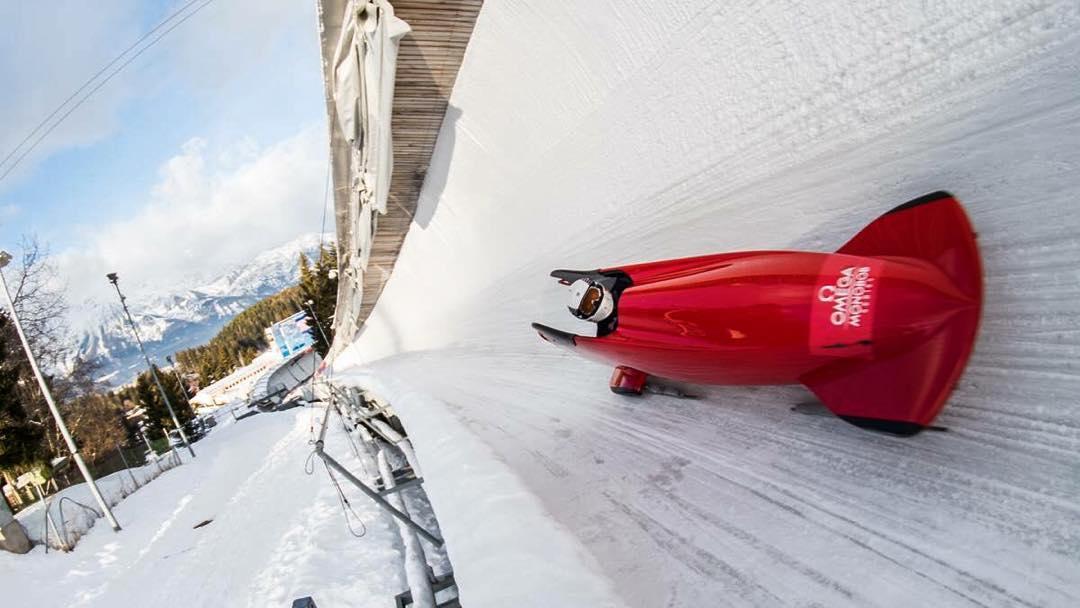 #highfivesathlete sliding around in Austria! @life_keeps_rollin #parabobsled #TEAMusa