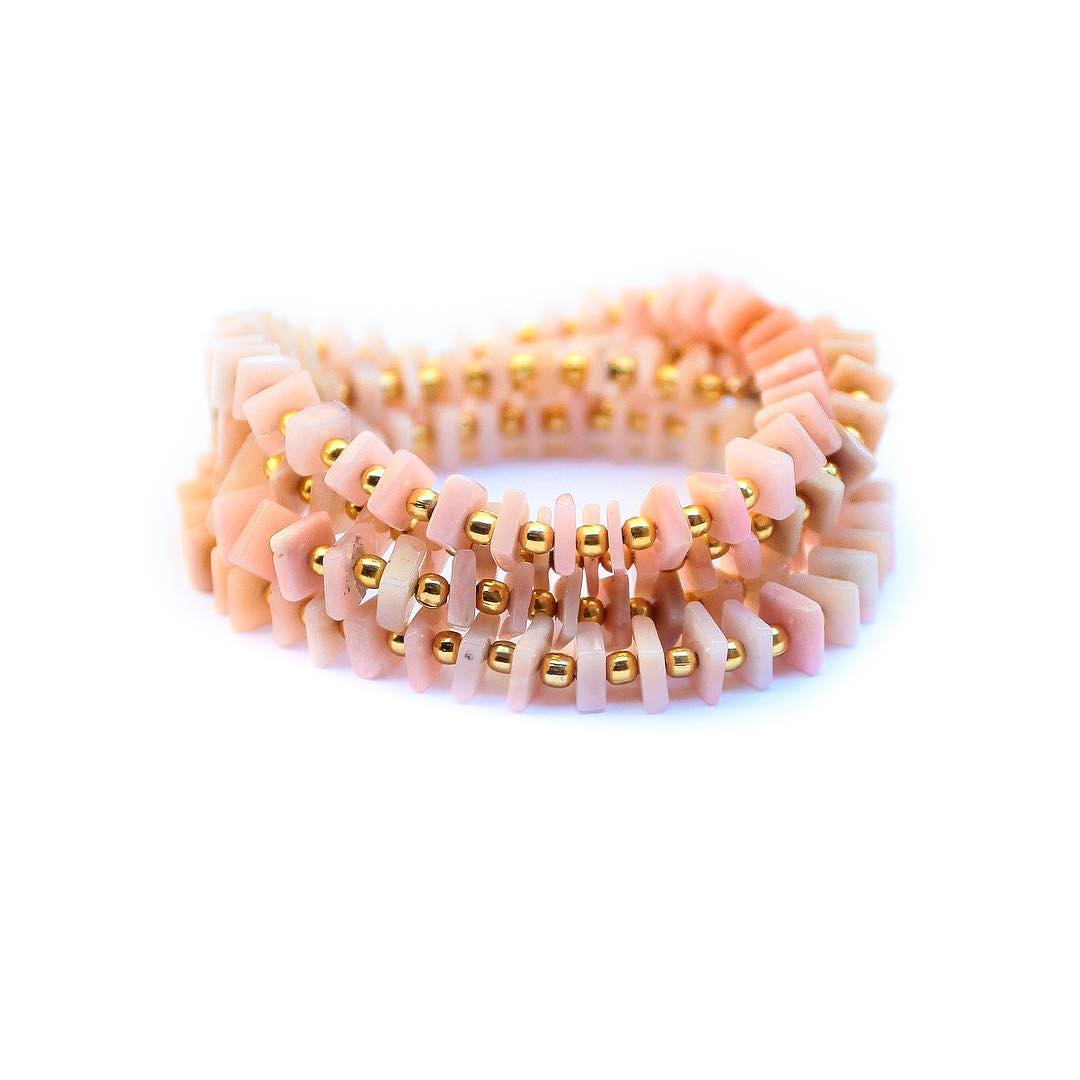 Pink Opal is one of my favorites. Especially with the colors of the year from #Pantone. What's fun about pink is that it's a super sweet and innocent color tone that immediately gives you a feeling of a younger self. We can identify #pink with...