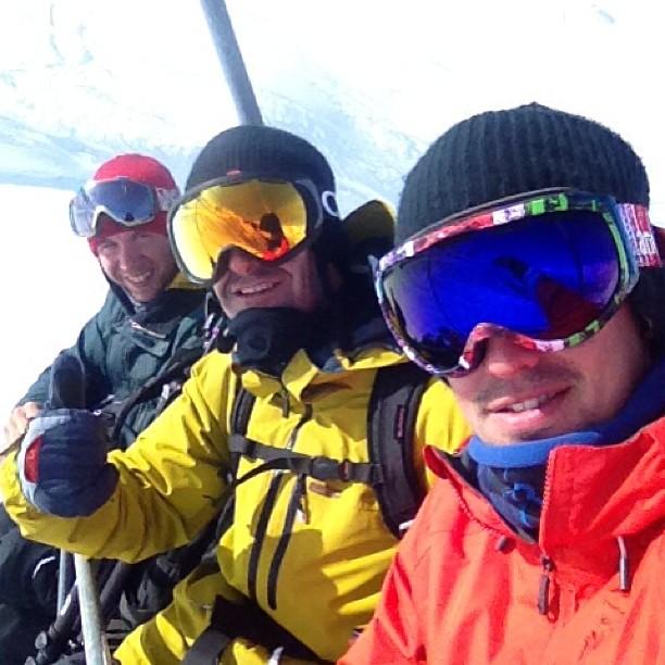 Filmando con Iker Fernández y @grego_campi en #Arlberg #Austria todavía hay polvo acá. :) @7veintestore