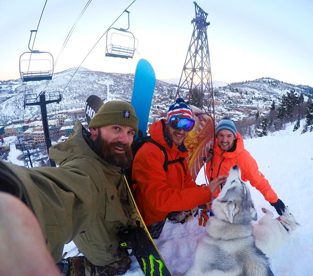Last evening's cardio blast: snowshoeing up a #ParkCity mountain trail with @KitCope and @AndreaseBakkerud, along with my two fur beasts Yuki and Bentley. Kit and I took our snowboards for a quick trip back down, but Andreas decided to ride down on a...