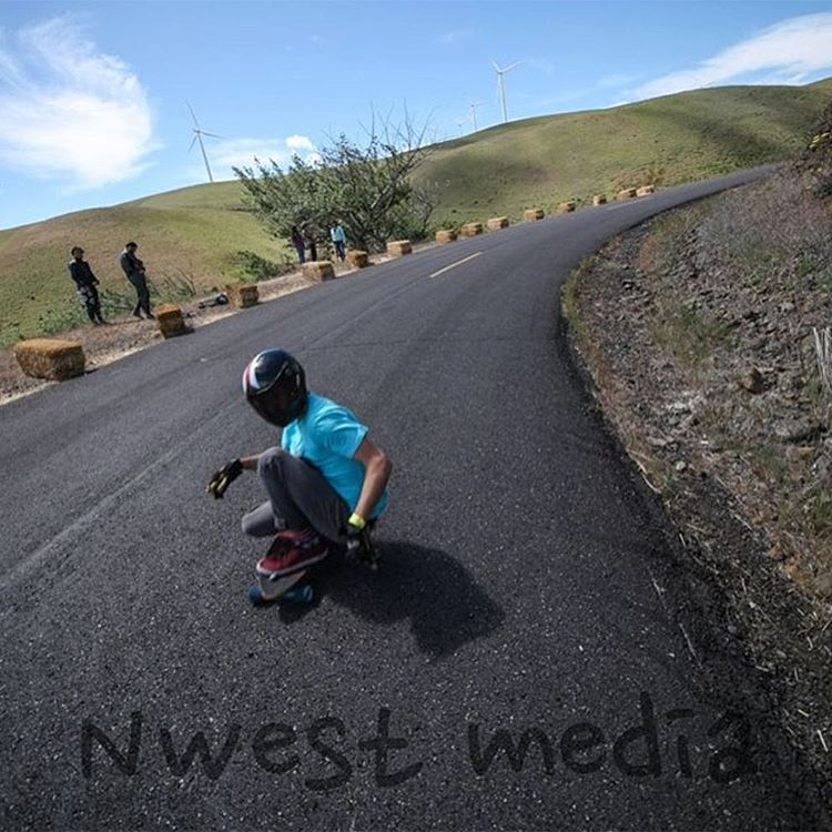 A special three part #TBT  1: Do you follow @nwestmedia who took this photos? If not, do that.  2: Do you miss Maryhill as much as Daycen Schmidtke aka @raincityclothingco riding our Stalker V1 does? You should.  3: Our last three Stalker V1's that...