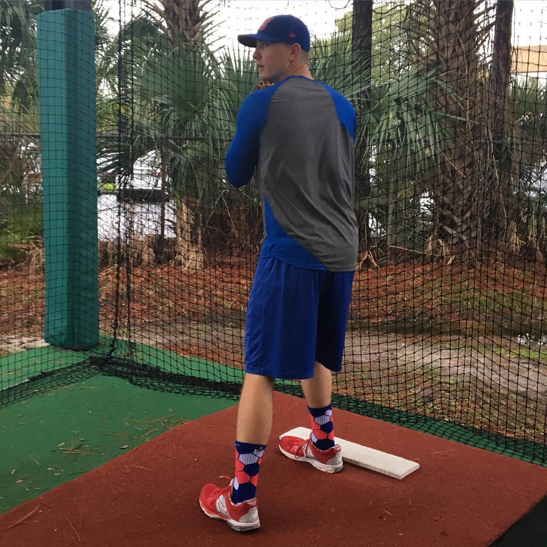 We hung out with @cubs #minorleague #baseball #pitcher @matt.brazis to learn how he spends his #offseason #springtraining #florida #playball #tampa #grabapair #chicago #chicagocubs
