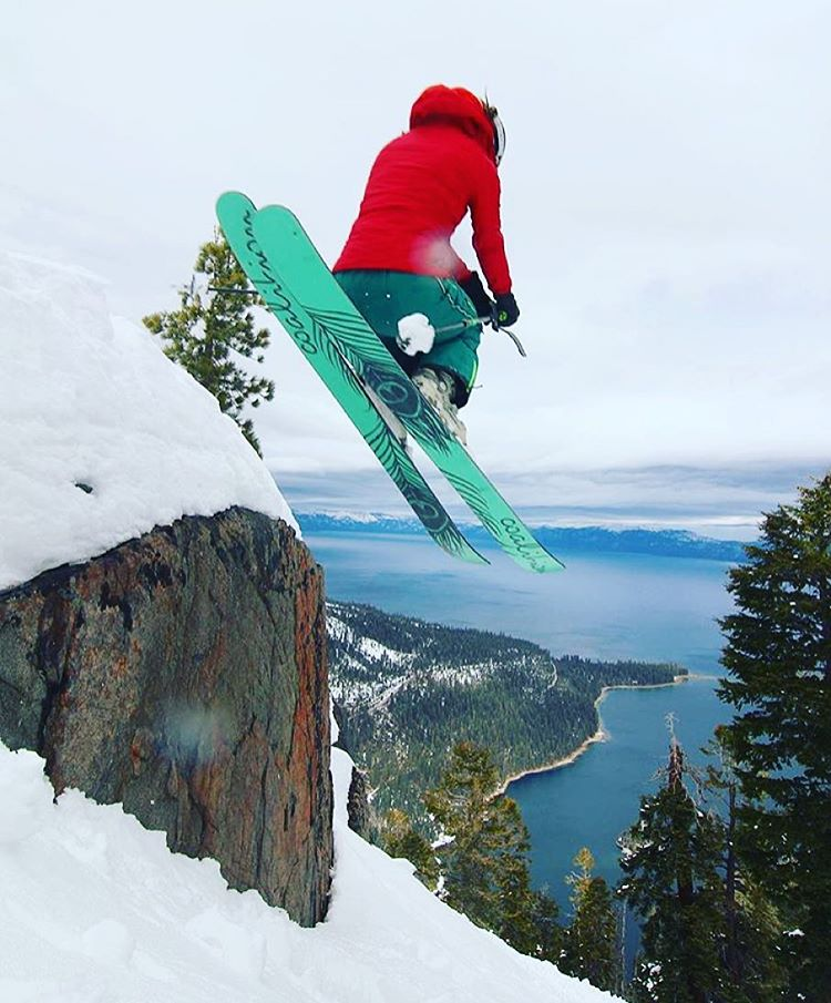 @hutchski recently got some #abyss powder skis; think she likes them? #sisterhoodofshred #skiing #laketahoe #jumpinthelake #california #tahoe #snow