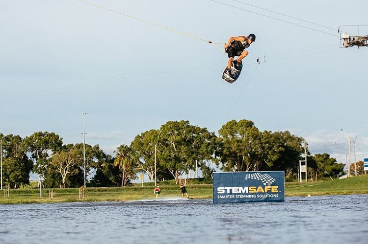 Thanks everyone that came out to the demo day @gowakemackay yesterday. We will be out at the cable today sending it like @jacobvinall in this pic.