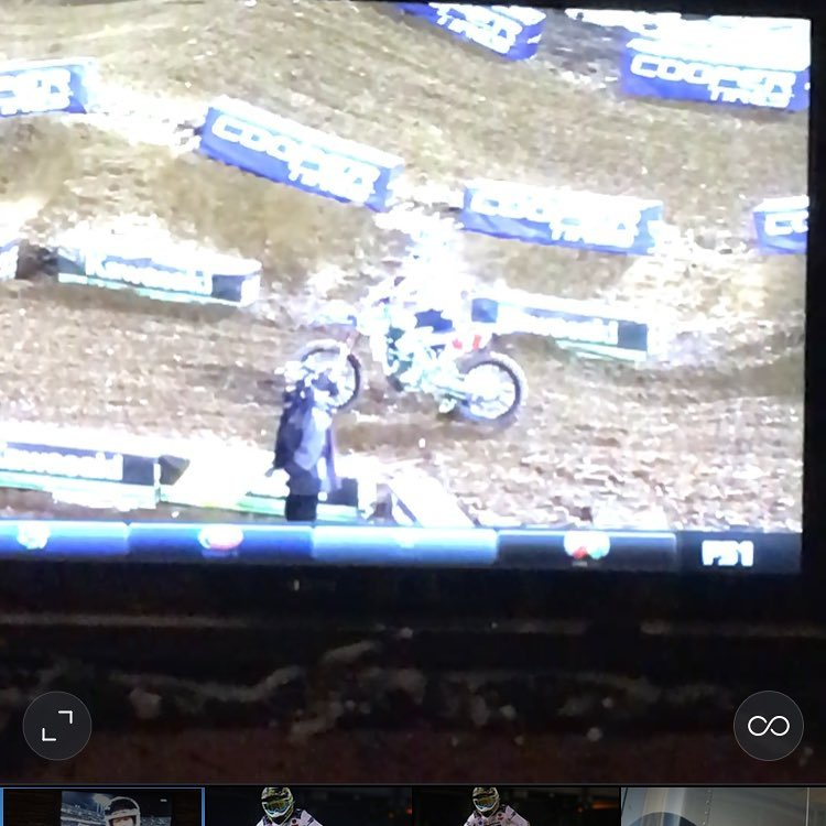Well they figured out how to beat @cooperwebb_17 ! #sabotaged his bike!! Wtf!! #Sx
