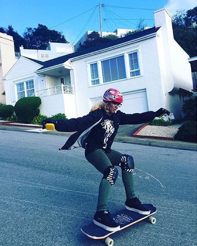 LGC USA rider @gnarly_x_carly shot by @therailway ⚡️ #longboardgirlscrew #womensupportingwomen #skatelikeagirl #lgcusa #carlybizama #lgc