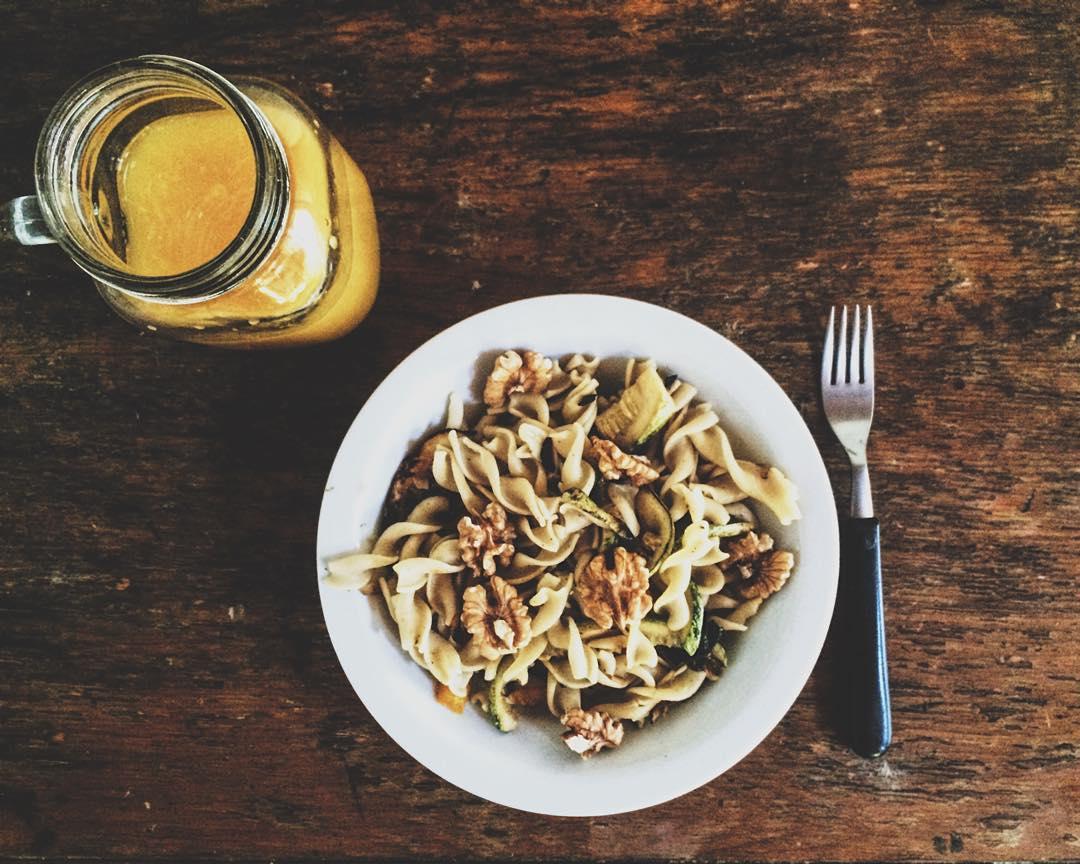 Almuerzo encontre pasta de harina de arroz y maíz en dame tu mano almacen apto para celiacos y vegans