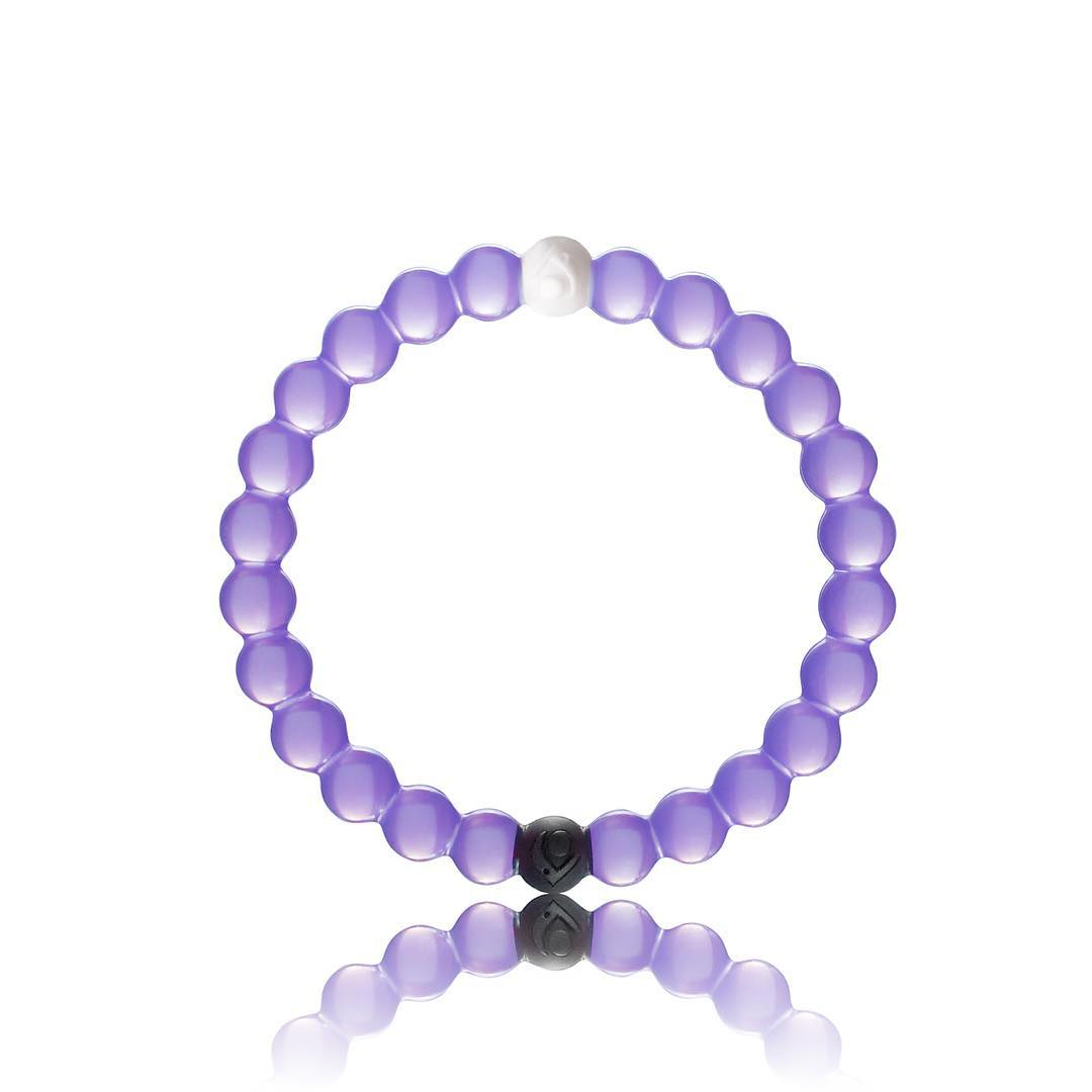 Introducing: the limited-edition purple Lokai in support of the @alzassociation. Help us aid the Alzheimer's Association in their efforts to advance research and provide care to more than 47 million people living with Alzheimer's.  Available now until...