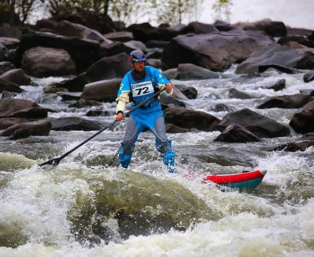 Team rider @jacknife28 paddling the Ocoee River on the #HalaNass! #halagear #adventuredesigned #whitewaterdesigned #supsurfing #whitewatersup #standuppaddle #Paddleboard #inflatable #isup #river #paddle