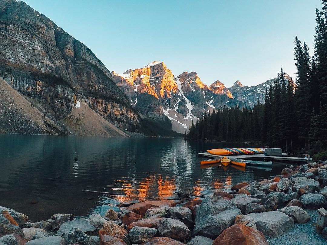 How about we head to #MoraineLake in #Alberta for #TravelTuesday? Let's soak it in! Image via @lauranceeg Hitting the road? Share with us via #GoProAwards link in our bio! #GoPro
