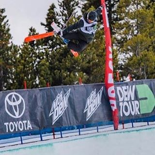 Help us wish @rozgroenewoud the best of luck today in the US Grand Prix/FIS World Cup halfpipe event in #ParkCity! //