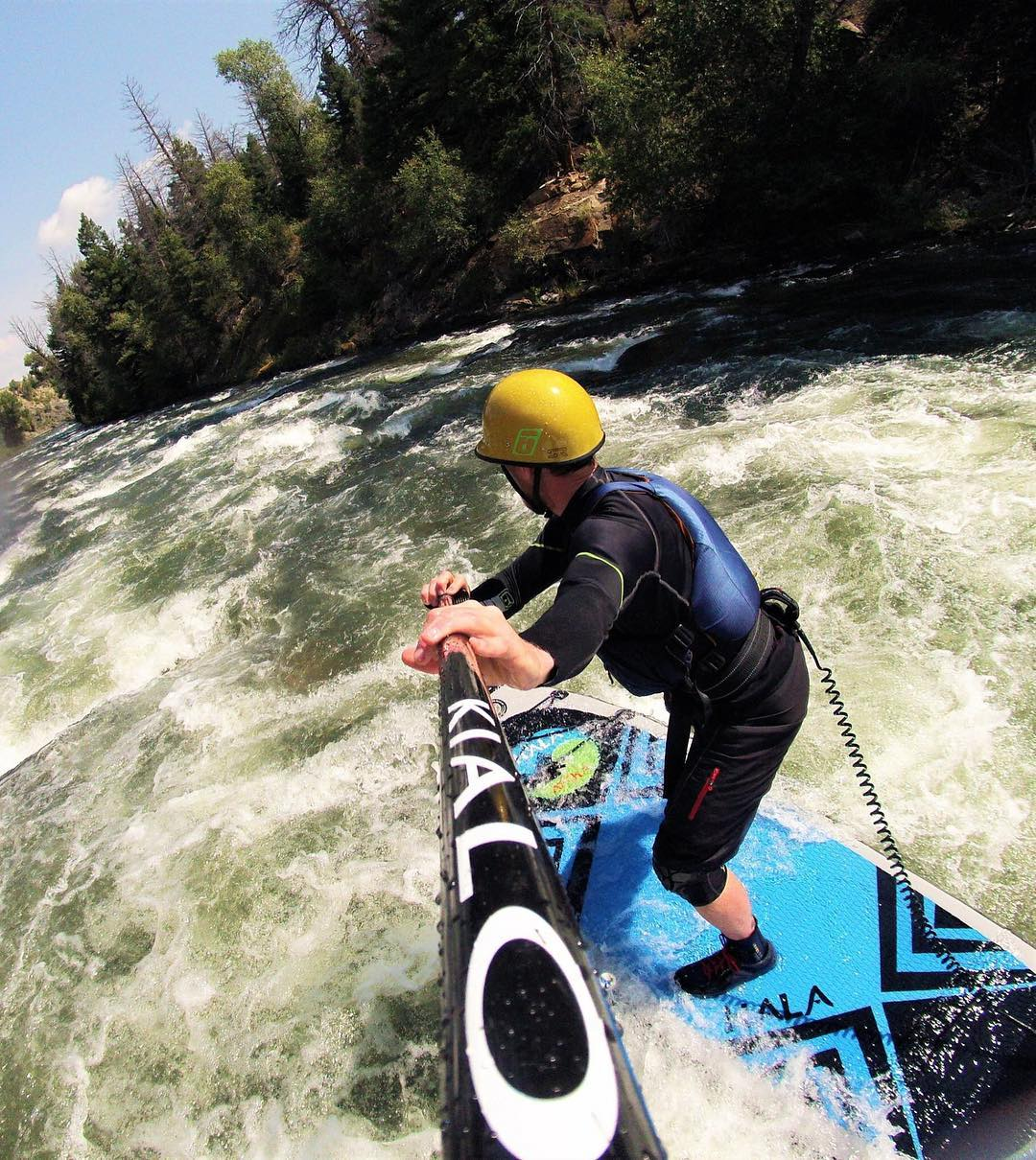 Happy #whitewaterwednesday!! Hope you have an amazing day out on the water!  Paddler: Ben Staley Board: #HalaAtcha #HalaGear #adventuredesigned #whitewaterdesigned #whitewaterwednesday #charging #sup #standuppaddle #paddleboard