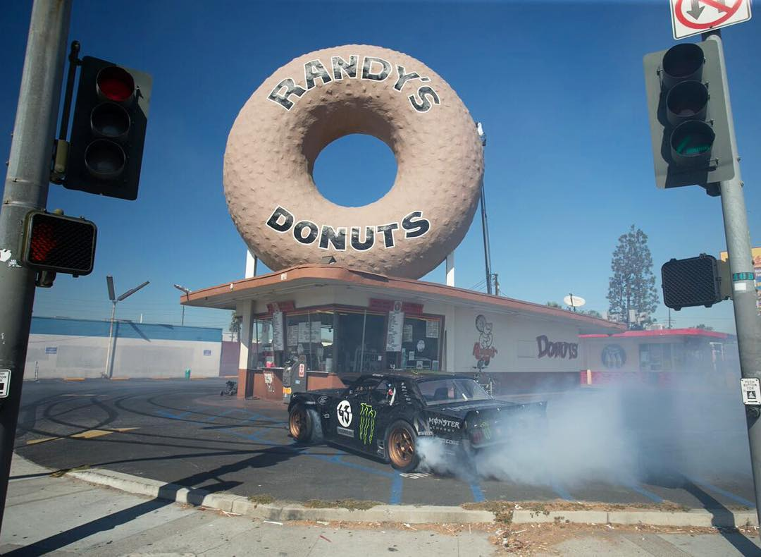 #TBT to 2014 when I did donuts around a donut bakery - Randy's donuts, to be exact - for #GymkhanaSEVEN. Best smelling Gymkhana trick, ever.