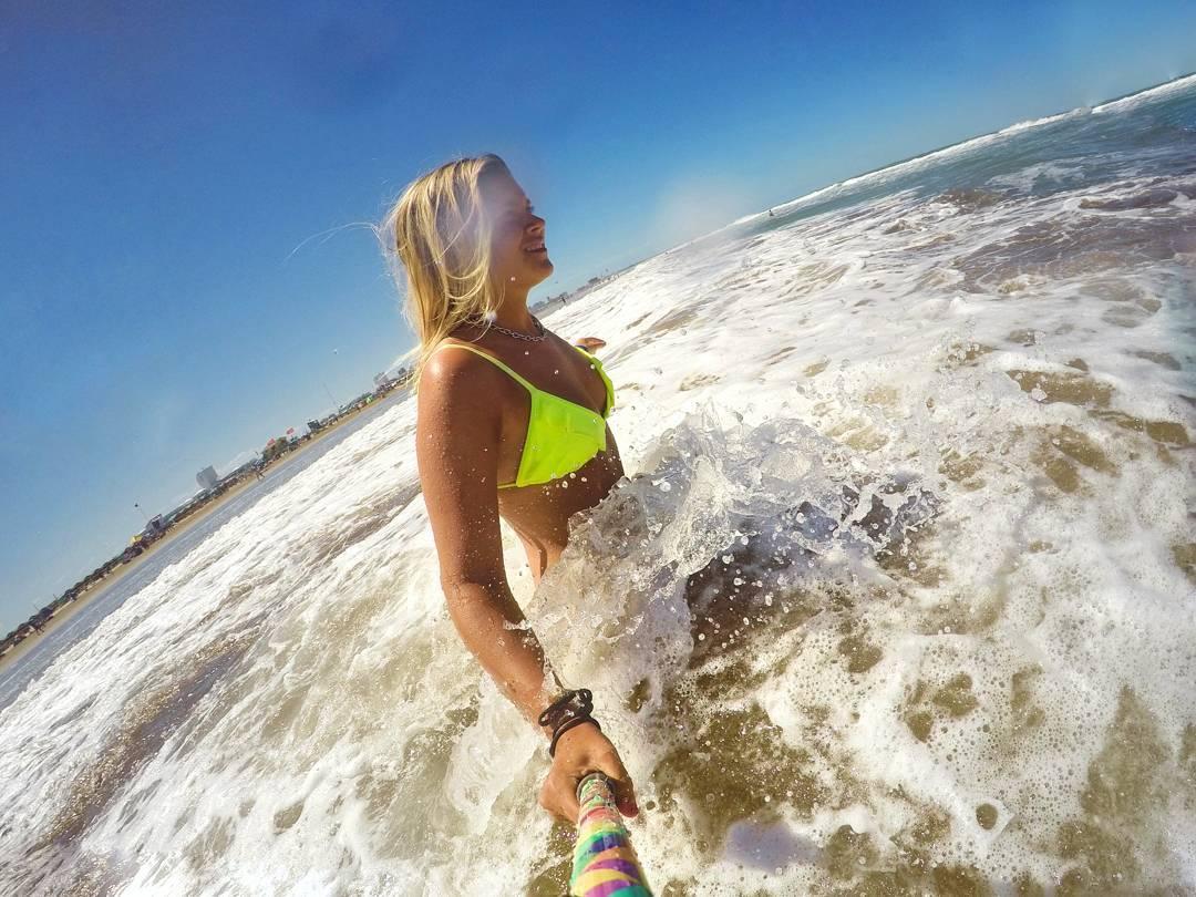 Vamos todos al agua con @daiarenas y #PrismaPole!