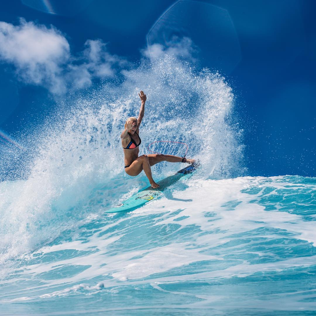 Sunshine, warm water and surf!  #allthingswater #drinkthealoha
