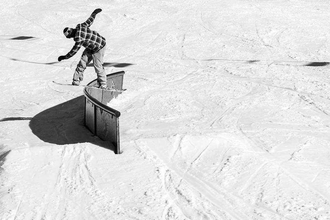 @Leonard_Mazzotti with a smooth front board at @Bear_Mountain.