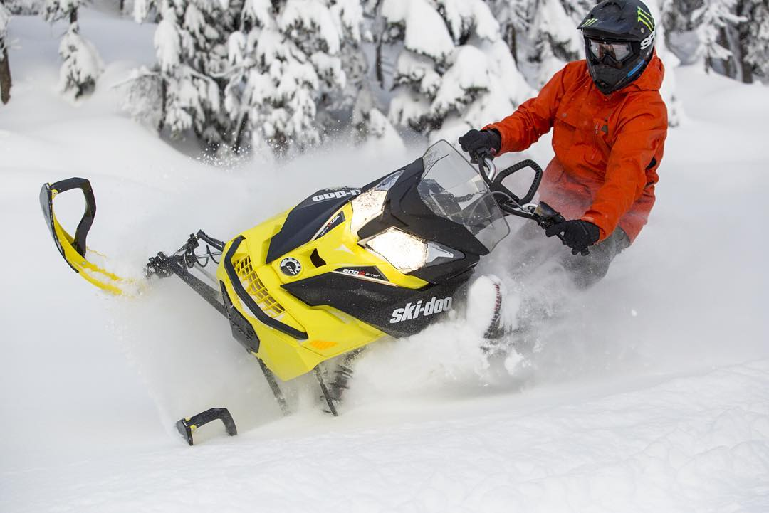 #FBF to @Baldfacelodge this past December. Foot out, skid up, and leaned into the powder. Missing this @SkiDooOfficial Summit X sled right now!