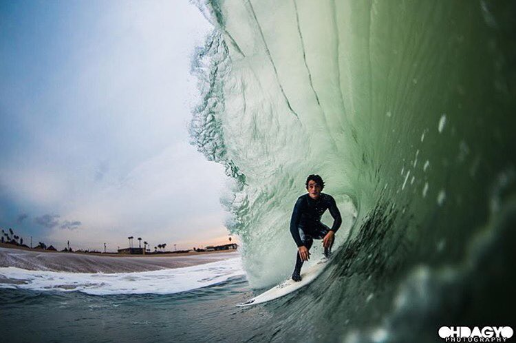 Beach break barrels are better with @dsheabutter.