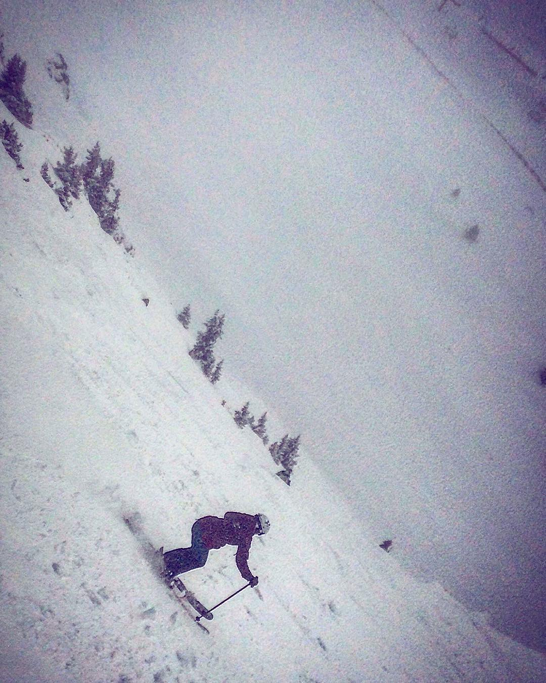 Maggie Murray dips into the abyss while test driving our Abyss ski during the #extremefaceshots tour.