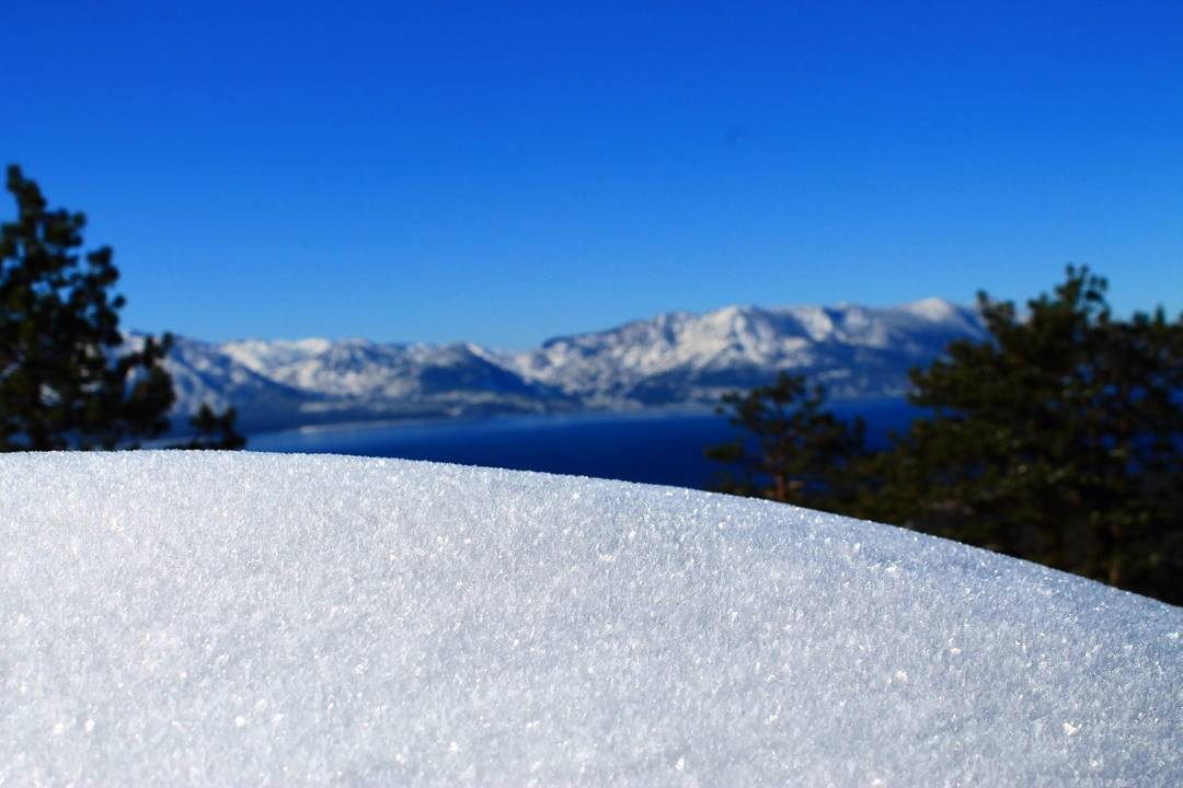 What are your plans for this Super Bowl weekend?  PC: @jpoulin1  #getoutside #superbowl2016 #winter #tahoesnaps #tahoesouth #getoutside #whatsyour20 #graniterocx