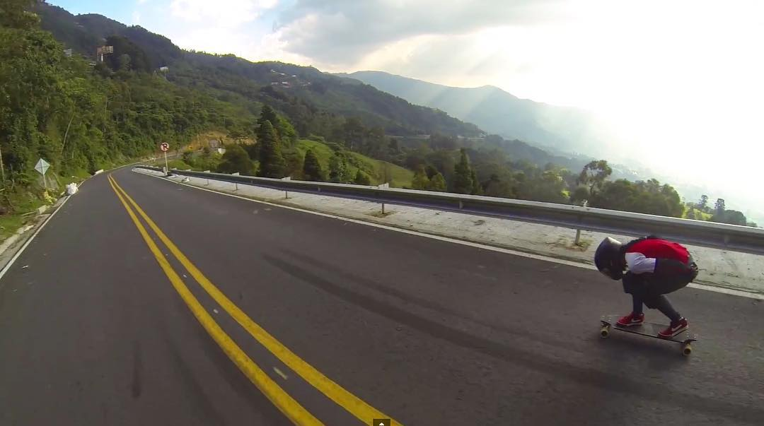 What-a-road! Go to longboardgirlscrew.com to check out LGC Colombia rider @sinleyskate down an epic local road. It was also an epic light momentum, so that helps. Fast & furious!  #longboardgirlscrew #womensupportingwomen #skatelikeagirl #lgccolombia...