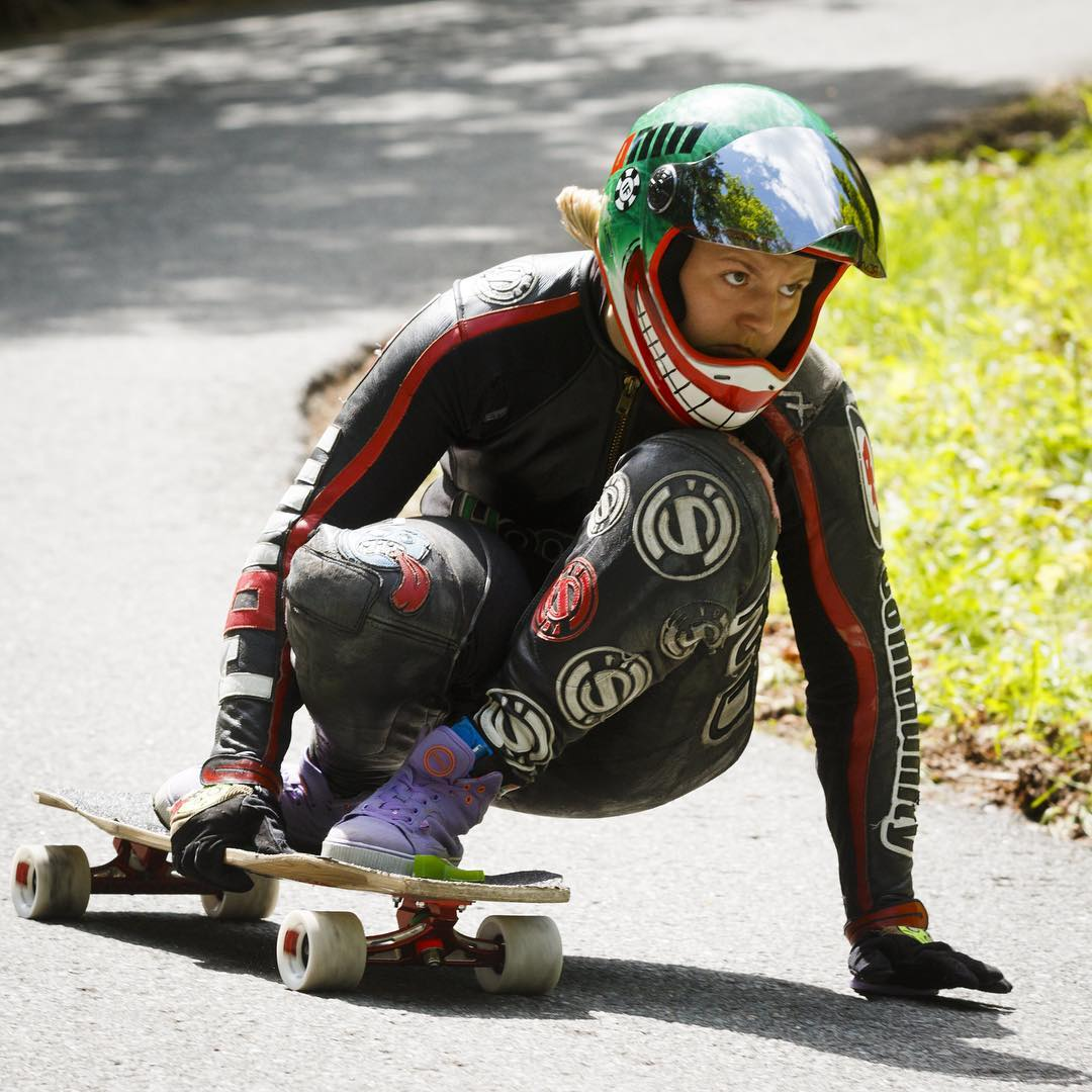 We've been stoked on @maxdubler's article on @skatehousemedia since last week: 6 things men in longboarding need to stop doing. Head to skatehousemedia.com to check it out.  Awesome, Max.  In the photo @emilylongboards being her rad self. Max Dubler...