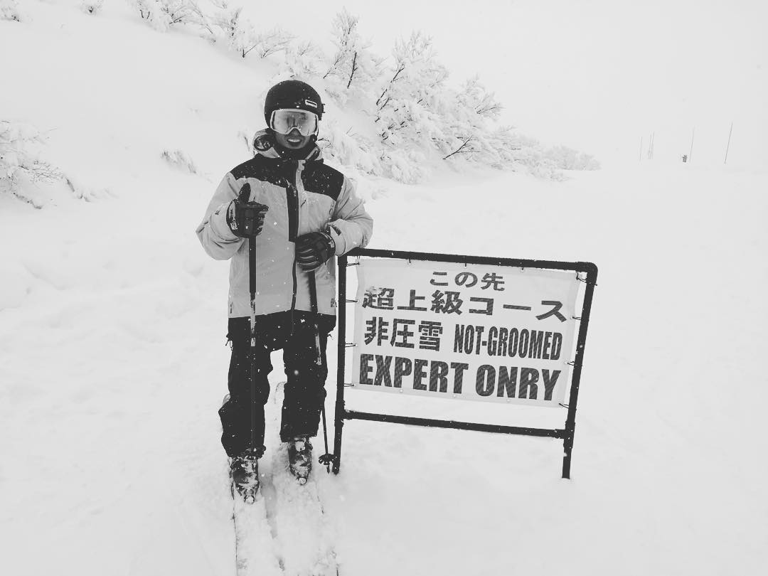 When in Japan... _ #itswayoutthere #expertonry #notgroomed
