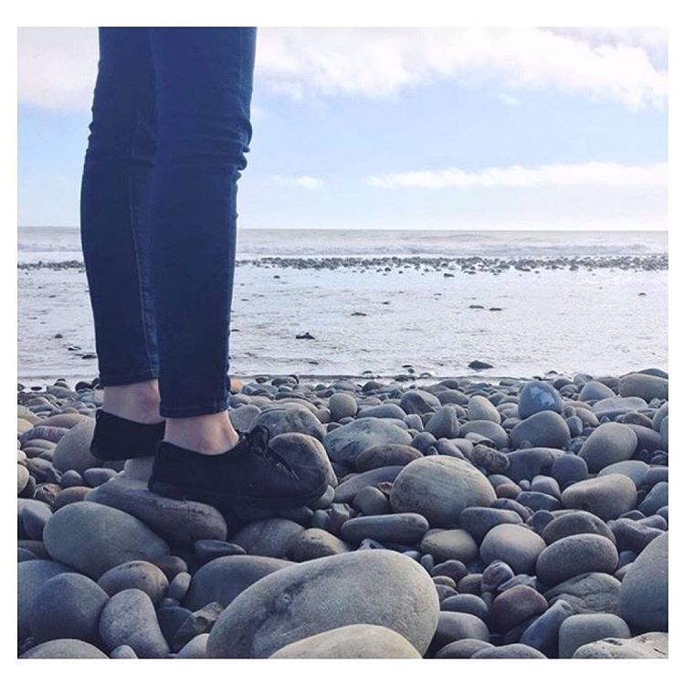 Rock hopping in Ventura, CA in the #JJshoe. Thanks @ashfroh for showing us where you take your Indos!✌