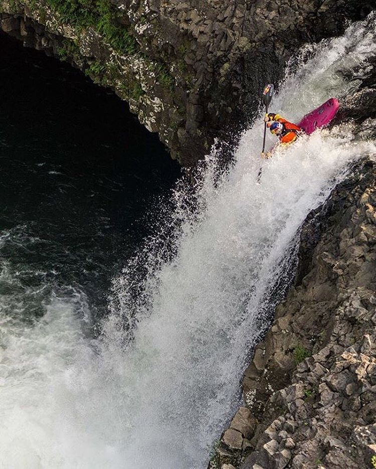 @danejacksonkayak over the falls in the best way possible in Hawaii. || #doepicshit #thesweetlife