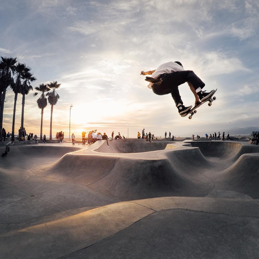 Photo of the Day! Palms trees, skaters, the beach + a beautiful #sunset. Doesn't get much more #California than this! #
