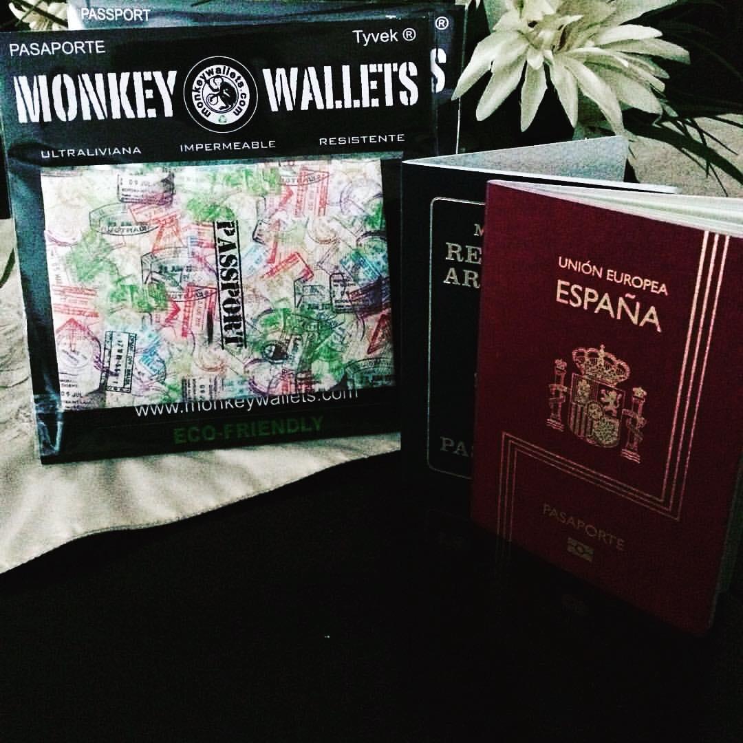 #monkeywallets #passport @monkeywallets #tyvek