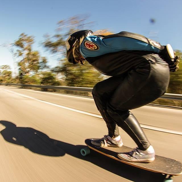 Go to www.longboardgirlscrew.com and meet #Australia's Tasha Graham @tash93skate & her new video edit. Photo & vid by Daniel Wilczek #longboardgirlscrew #faster