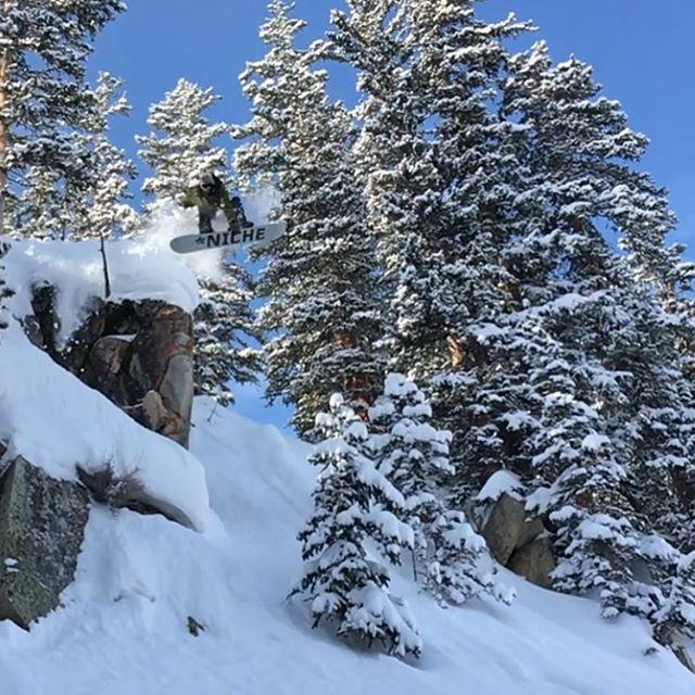 Treyson Allen (@treyson_allen) sends one deep at @brightonresort  #nichesnowboards #findyourniche #dropcliffsnotbombs #powder #wasatch #brightonresort #brightondiggers #cottonwoodcanyons #snowboarding