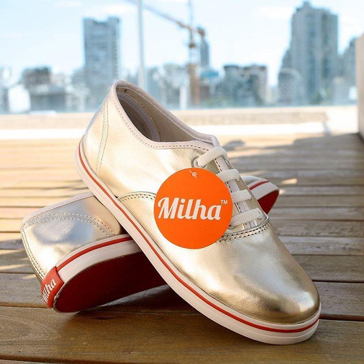 Casual Friday & Milha! Combinación perfecta para ir a la oficina cómoda sin perder el estilo! Made to Enjoy! #zapatillasdemujer #casualfriday www.milha.com.ar @milha_oficial