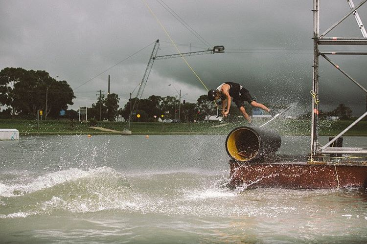@jacobvinall riding that storm out @gowakemackay