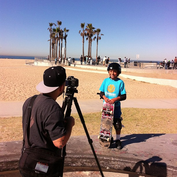 #superfun #skatesesh and #filmsesh today at #venice with #asherbradshaw. #asher is ripping ! #s1 #kid #lid commerciAl #dropping soon @_asherbradshaw #skateboarding #skatesafe #havefun #skateallday #skate #gromlife