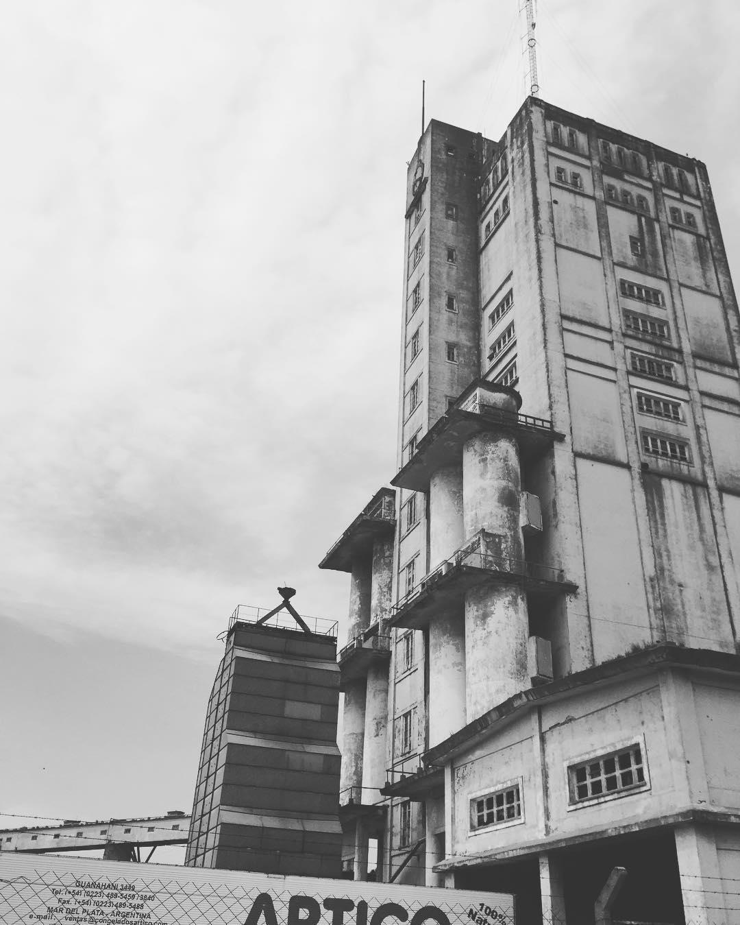 Hay un pasado que construye una posibilidad #sepuede #mardelplata #industriaargentina