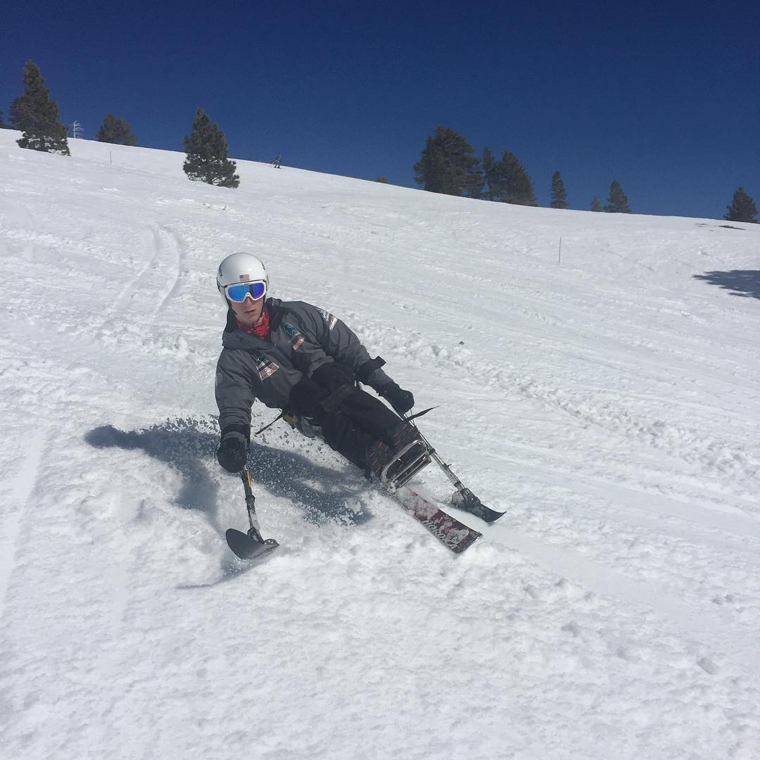 We love sending #highfivesathletes to @disabledsportstahoe (now Achieve Tahoe) to learn from the best and get back on the hill, #newhampshireNICK shredding @squawalpine