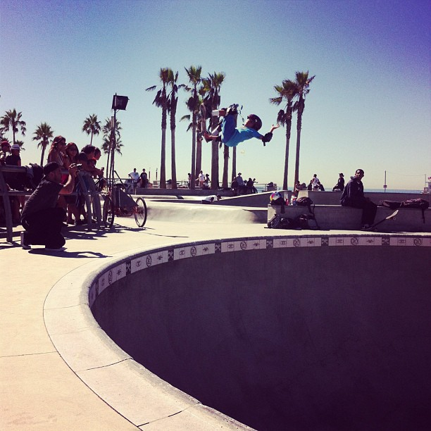 #veniceskatepark #filming with @asherbradshaw #540 #s1 #kid #helmet