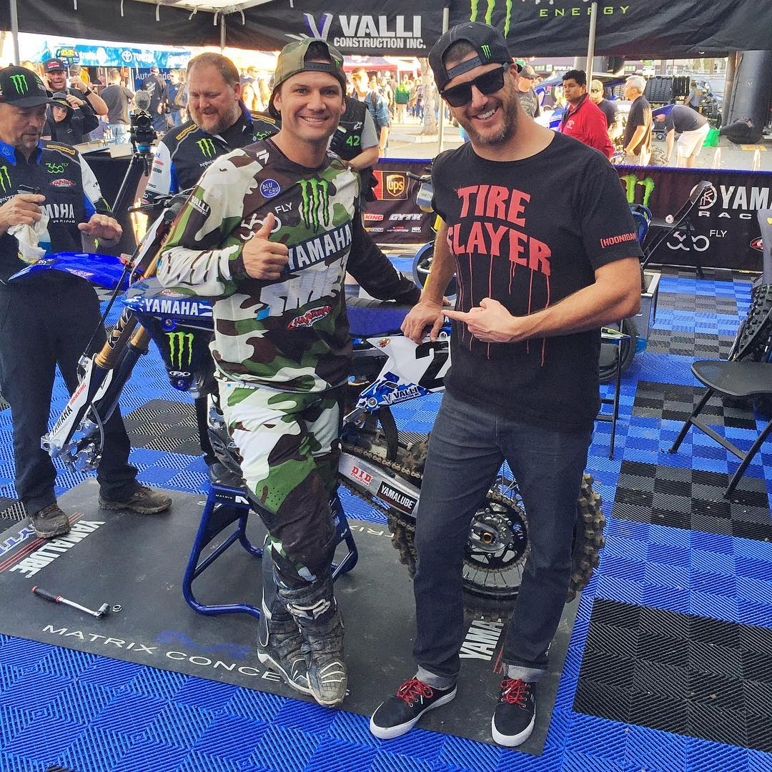 Good to catch up with this dude today in the Supercross pits: Chad Reed. Stoked to see him doing well this year - and back on a factory team. #braaaaap #Reedy #MonsterEnergySupercross