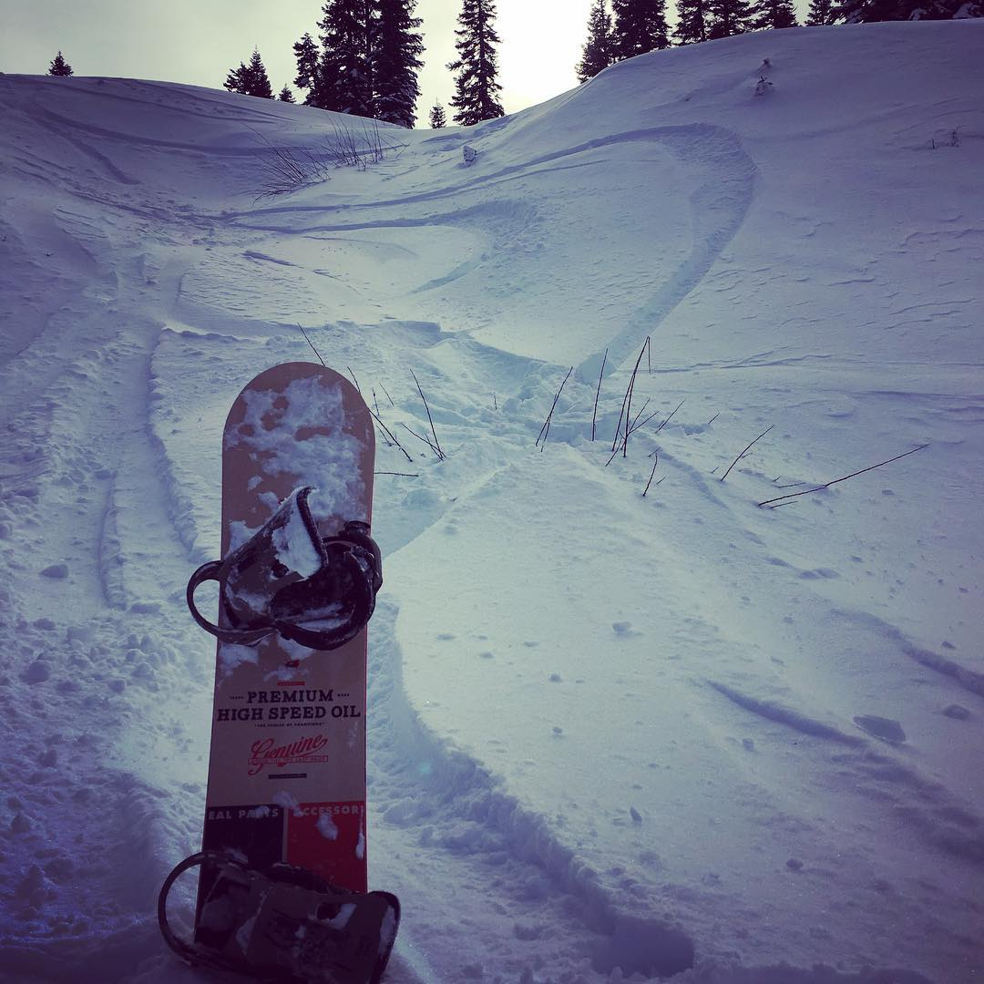 Spending Valentine's Day with our true love, #snowboarding! @borealmtn #temposeries