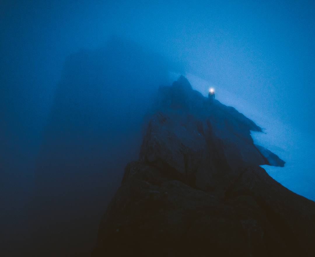 "//Five Ways: New Zealand 6// ""By the time we reached the summit ridge of Barrier Knob after climbing it's North Face it was getting dark as the fog continued to thicken. The descent which had been obvious in the morning was now a confusing jumble of..."