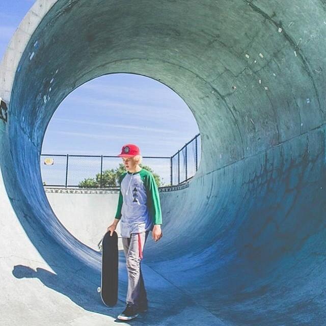 Team rider @garrettginner hitting some concrete waves // photo: @keanulam1 // #stzlife #skateboard #happyshredding #concretewave #80hd #bullettprufe #scboardroom