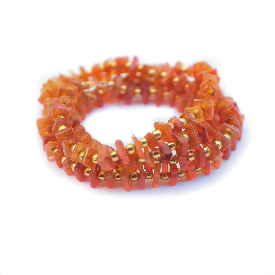 Beautiful hot stones for beautiful hot weather. Carnelian, being a forever love stone, is rich in bright tones or orange and red. It's association to the gut chakra works on your motivation, talents and strengths.  Check these new Ceremony Wrap...