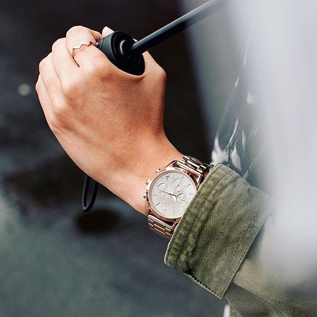 The #BulletChrono36 is sharp shooter for style. Intricate embossed dial patterns and touches of pop colors on the tips of dial hands brighten up any outfit, any day. #Nixon #WasteNoTime